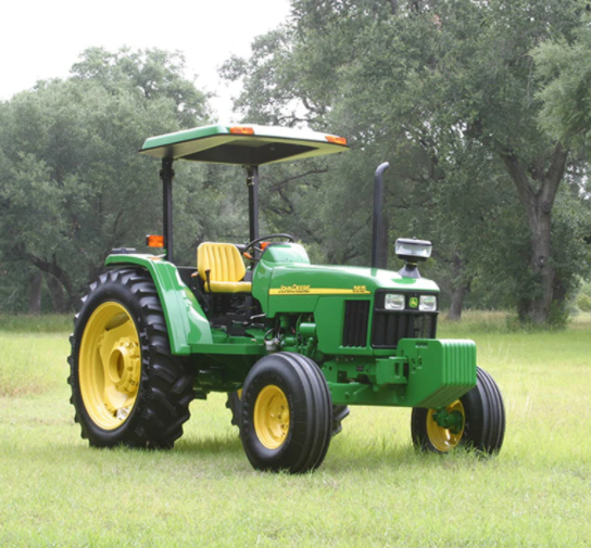 Tractor Agricola John Deere 5615 campo